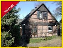 Lübars! Rustikales Fachwerkhaus mit großem Grundstück, Kamin u. Seeblick!