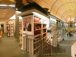 06 - Bibliothek 1.Stock