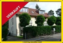 VERKAUFT ohne Inserat an Bestandskunden! Moderne DG-Maisonettewohnung mit 2 Balkonen u. Carport