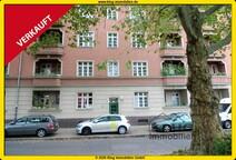 VERKAUFT! Modernisierte 3,5 Zimmer Altbauwohnung mit Balkon unweit Schäfersee