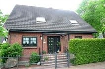 Glienicke Frohnau! Top ausgestattetes Einfamilienhaus in Südlage!