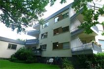 Frohnau ! Komfortable 2,5 Zi. Dachgeschosswohnung in gefragter Ruhigwohnlage!