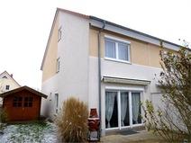 Hohen Neuendorf! Neuwertige Doppelhaushälfte mit Komfortausstattung!