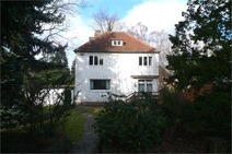 Hermsdorf! Modernisierungsbedürftiger Altbau mit Gästehaus in ruhiger Südlage!