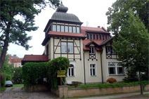 Hohen Neuendorf ! Stilvolle Dreifamilienhausvilla mit mod. Komfortausstattung!