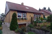 Hermsdorf ! Freistehendes Einfamilienhaus in ruhiger Fließtallage