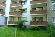 Reinickendorf ! Am Paracelsus Bad- 2 Zimmer Hpt. Wohnung m. Balkon u. Stellplatz