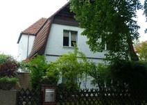 Frohnau ! Großzügiges Wohnen mit Balkon und eigenem Garten !