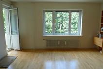 Tegel ! Moderne 3 Zi. Wohnung (2.OG) mit Balkon u. sehr guter Ausstattung