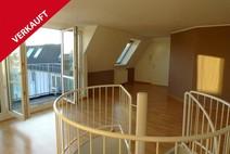 Reinickendorf ! Helle 3 Zimmer Maisonett DG Wohnung (4.+5. OG) ohne Lift
