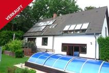 Hermsdorf ! Doppelhaus (2 Hausteile) mit Sonnengarten und überdachten Pool