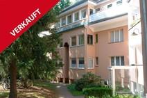 Frohnau ! Schöne 2,5 Zimmer Eigentumswohnung mit Balkon und Kfz-Stellplatz
