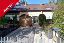 Hermsdorf ! Ruhig gelegenes Reihenmittelhaus in idyllischer Fließtallage
