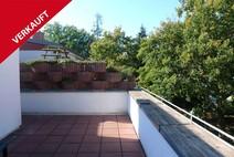 Hohen Neuendorf ! Helle 3 Zimmer Dachgeschosswohnung mit großer Sonnenterrasse
