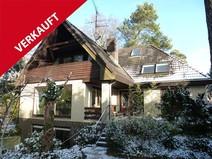 Waidmannslust ! Bestgepflegtes Ein-Zweifamilienhaus mit Kamin und Doppelgarage
