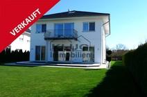 Gienicke ! Luxuriöses Einfamilienhaus Massivbau 2011 mit hochwertiger Ausstattung